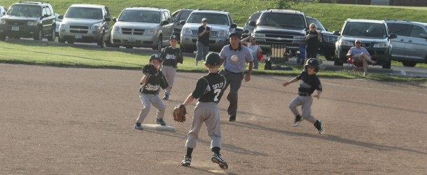 8u-Scachitti Bombers Hold Off Pirates