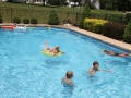 bombers_poolparty_3